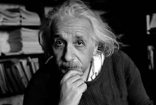 Albert Einstein, người thành công, thất bại