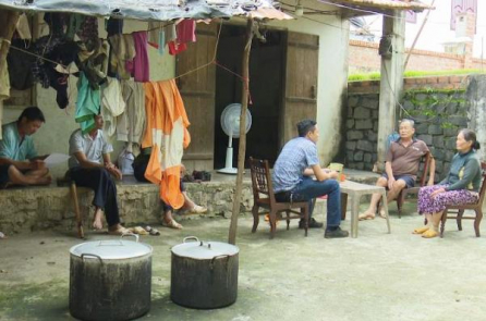 Đắk Nông, quan chức ăn chặn gạo cứu đói