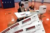 Hơn 400 cựu nhân viên tình báo tham gia điều tra gian lận bầu cử