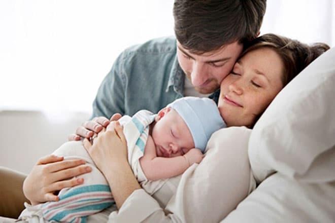Trong gia đình, vợ là người cần được quan tâm chăm sóc nhiều nhất