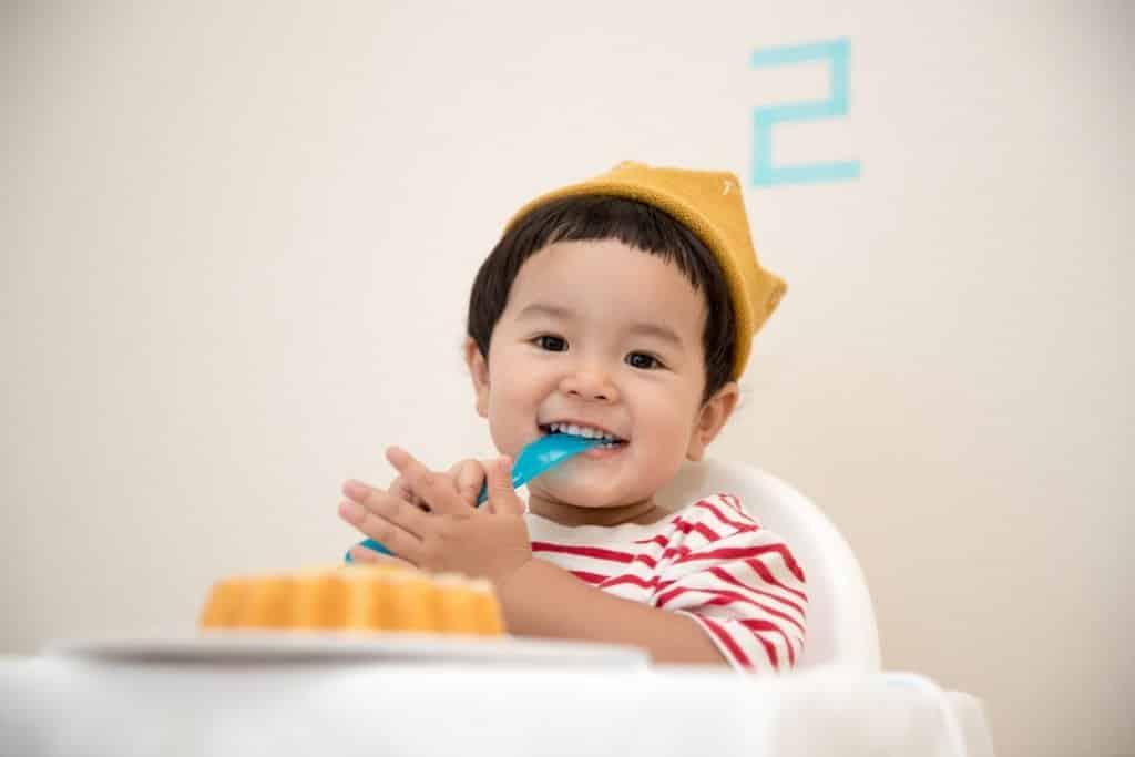 thực phẩm không có lợi cho sức khỏe của trẻ nhỏ