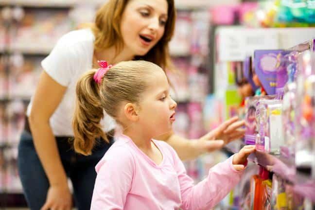 Kết quả hình ảnh cho mom and daughter shopping