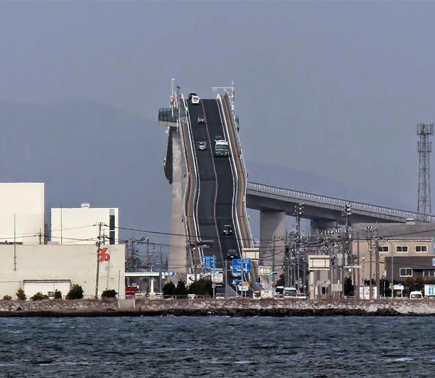 steep-rollercoaster-bridge-eshima-ohashi-japan-4