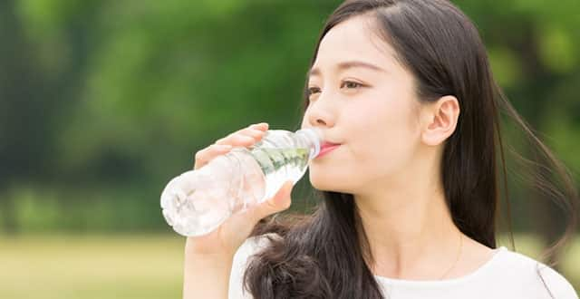 uống nước, 10 điều cần lưu ý thực hiện để giảm nguy cơ mắc bệnh ung thư