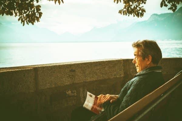 Đọc vạn cuốn sách, đi vạn dặm đường, cẩn ngôn hàm dưỡng