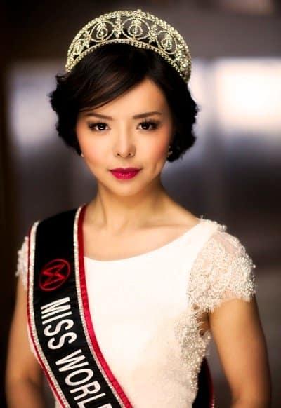 """Hoa hậu thế giới Canada Anatasia Lin - """"Hoa hậu của các hoa hậu"""" - Kỳ I: Tuổi trẻ và sự đăng quang độc nhất vô nhị"""