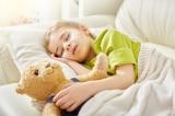 """3 lợi ích sức khỏe khi đắp """"chăn nặng"""" đi ngủ"""