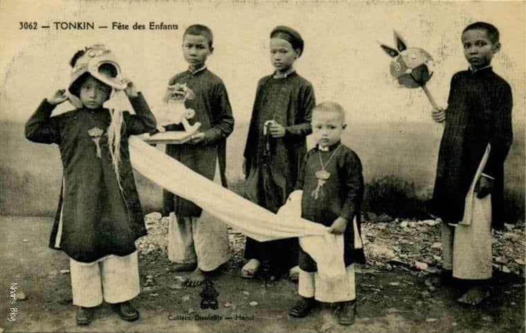 Vài nét về cách ăn mặc của người Việt xưa