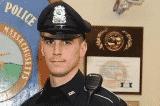 """Thay vì phạt tiền, cảnh sát Mỹ mua thẻ quà tặng 250 đô cho người """"ăn trộm vặt"""""""