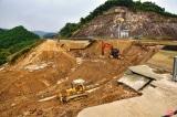 Kênh 4.300 tỷ đồng bị vỡ: Nhà thầu mới hoàn thành được hơn 30% khối lượng