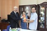 Nguyên Giám đốc Sở Ngoại Vụ Khánh Hòa làm giả thành công hồ sơ đi Mỹ