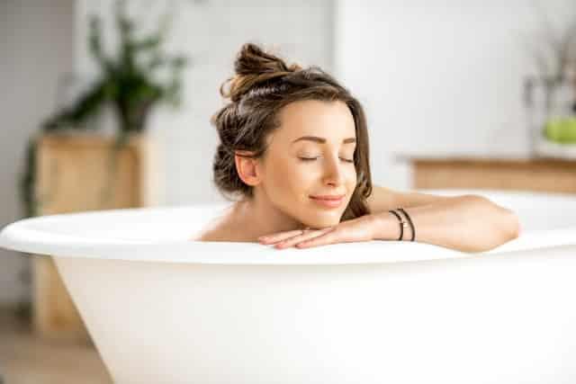 Phương pháp tắm giúp giảm 7% mỡ trong 1 tháng