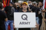 Twitter đình chỉ hơn 70.000 tài khoản QAnon