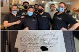 Vị khách hào phóng tặng 1.400 USD tiền tip cho 7 nhân viên nhà hàng