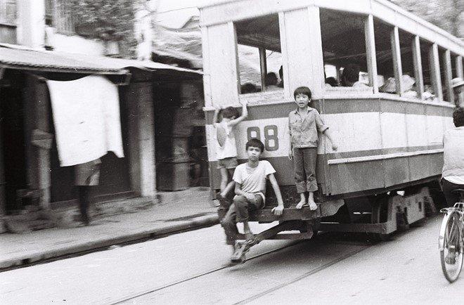 Hà Nội xưa: Leng keng tiếng tàu điện