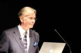 Chuyên gia đầu ngành phẫu thuật Anh nói về tội ác thu hoạch tạng