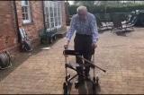 Cụ ông 100 tuổi gây quỹ chống dịch tại Anh qua đời vì viêm phổi Vũ Hán