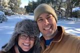 Nữ y tá Texas không di tản trong bão tuyết để chăm sóc những người hàng xóm lớn tuổi