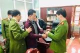 Tuyên Quang: Bắt hiệu trưởng chiếm đoạt tiền bảo hiểm của giáo viên và học sinh