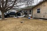 Máy bay của United Airlines gặp sự cố, nhiều mảnh vỡ rơi vào khu dân cư