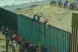Dân biểu đảng Dân chủ muốn Mỹ ngừng kiểm soát nhập cư biên giới