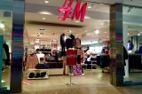 ĐCSTQ thúc đẩy tẩy chay H&M vì lên tiếng cho nhân quyền Tân Cương