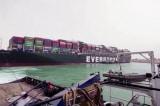 Kênh đào Suez có thể sẽ nghẽn trong nhiều tuần vì tàu mắc cạn