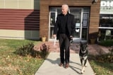 """Ông Joe Biden nói: """"Không đùa đâu, chó có thể giúp chữa bệnh ung thư."""""""