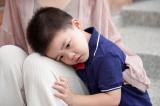Điều gì khiến một đứa trẻ trở nên nhút nhát?