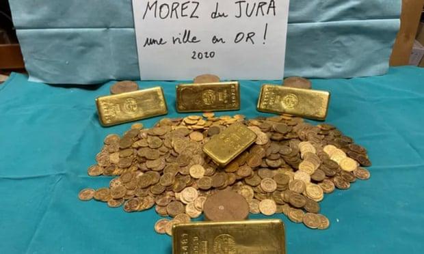 kho báu chứa đầy vàng