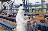 Sáng 18/5: Thêm 19 ca COVID-19 lây nhiễm trong nước; dịch lan thêm sang Sơn La