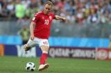 Cầu thủ Christian Eriksen đã qua cơn nguy kịch sau khi bất ngờ đổ gục trên sân