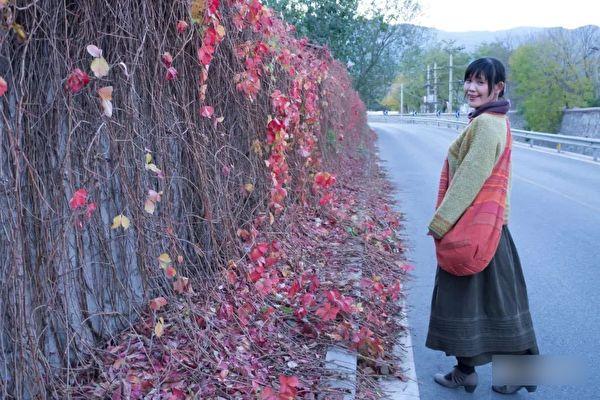 """Nữ nghệ sĩ Bắc Kinh bị tra tấn trong tù: """"Tôi thà bị giam bởi phát-xít"""""""