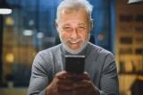 Con trai tìm lại được cha ruột thất lạc 30 năm nhờ app chỉnh ảnh