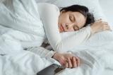 đắp chăn khi ngủ
