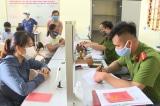 Từ 1/7, Việt Nam bắt đầu thu hồi sổ hộ khẩu, sổ tạm trú khi người dân nhập khẩu, tách hộ…