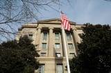 Bộ Tư pháp Mỹ gỡ tội che giấu thân phận quân nhân cho 5 nhà nghiên cứu Trung Quốc