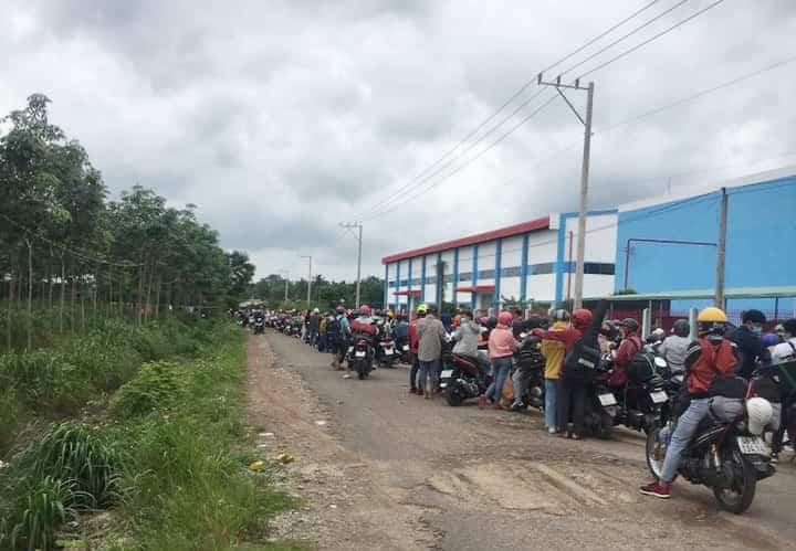Lâm Đồng không tiếp nhận người tự đi từ vùng dịch về, ưu tiên đón người già yếu, thai phụ, trẻ em