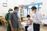 Tiêm vắc-xin Sinopharm (TQ) cho hơn 6.000 tiểu thương, xe ôm, cửu vạn… ở TP Hạ Long