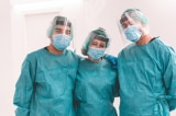 Pháp: Khoảng 3.000 nhân viên y tế bị buộc thôi việc do không tiêm vắc-xin COVID-19