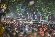 Hàng vạn người đón Trung Thu: Hà Nội 'cần cảnh báo trước thay vì để tới lúc biến cố xảy ra…'