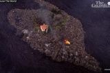 """""""Ngôn nhà kỳ diệu"""" vẫn đứng vững sau đợt phun trào núi lửa"""