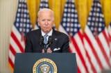 """Sean Spicer: Truyền thông cánh tả đang tô vẽ một """"Thế giới giả tạo"""" xung quanh ông Biden"""