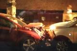 Hà Nội: 5 xe va chạm liên hoàn trong đêm, 1 người bị gãy cổ